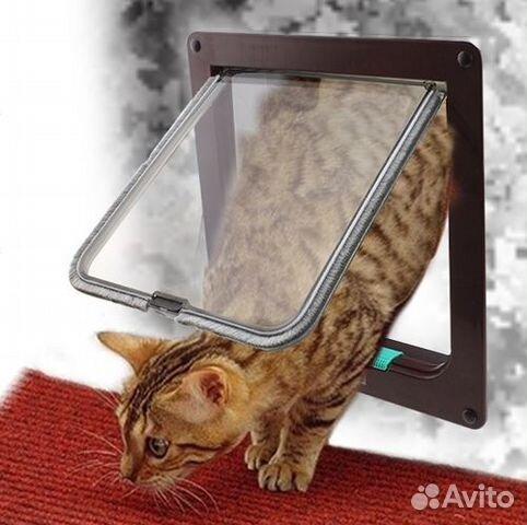 Отверстие для кошки в двери