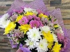 Микс букет из хризантемы и альстромерии