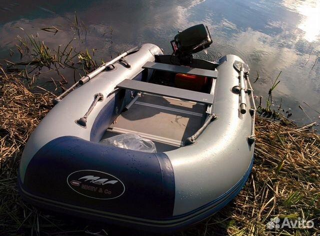 первый мотор для лодки