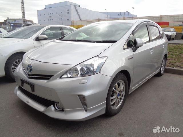 Toyota Приус альфа гибрид #11