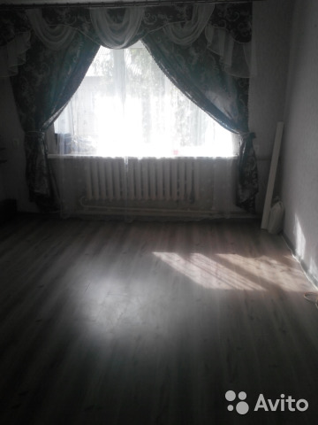 Продается двухкомнатная квартира за 900 000 рублей. г Киров, поселок Сосновый.