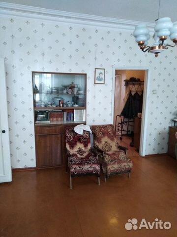 Продается четырехкомнатная квартира за 2 200 000 рублей. Свердловская область, Каменский городской округ.