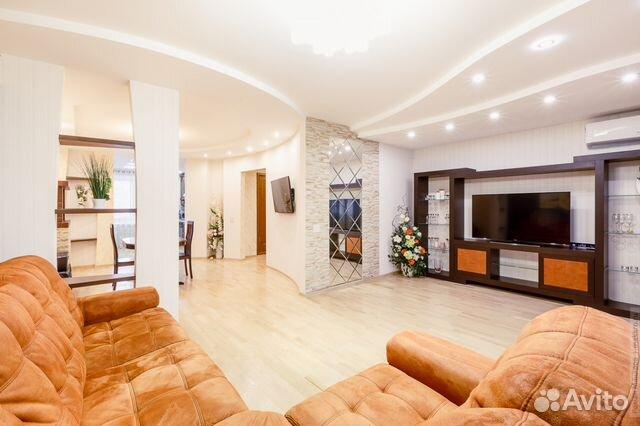 Продается четырехкомнатная квартира за 8 700 000 рублей. г Киров, ул Володарского, д 135.