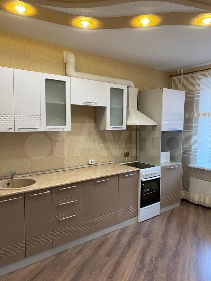 1-к квартира, 42.2 м², 2/4 эт.