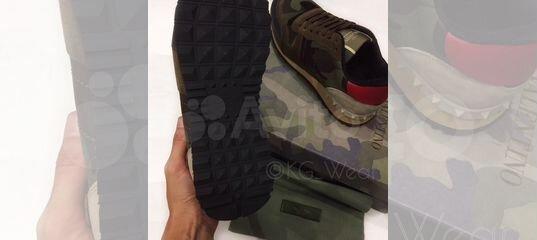 Кроссовки Valentino Garavani милитари купить в Санкт-Петербурге на Avito —  Объявления на сайте Авито 8963257afae