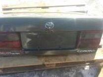 Крышка багажника на toyota Corona 190 куз