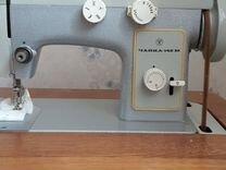 Швейная машина Чайка 142М