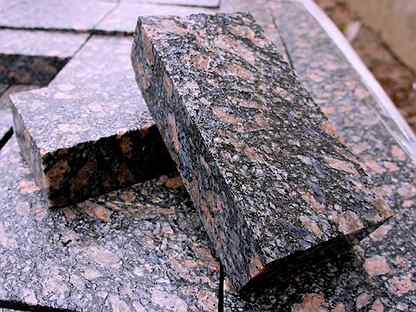 Гранитная брусчатка плиты мощения бордюры гранит
